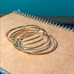 Set of 6 gold bangle bracelets